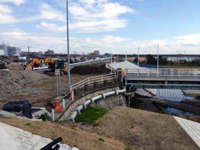行徳橋の千葉側は工事中